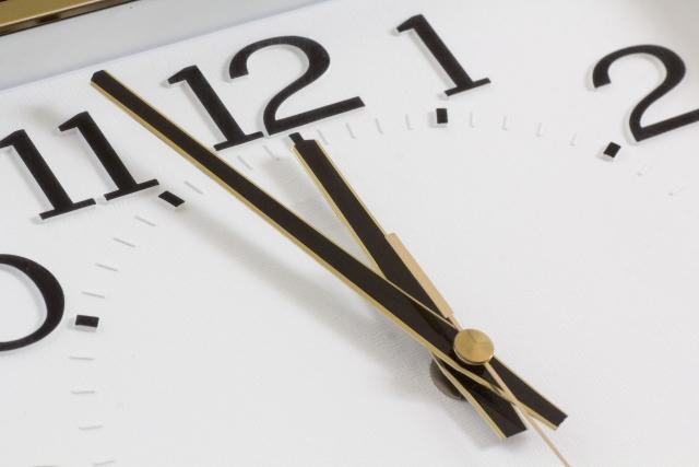時計12時